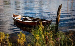 isegran trebåt gammel båt robåt maritimt