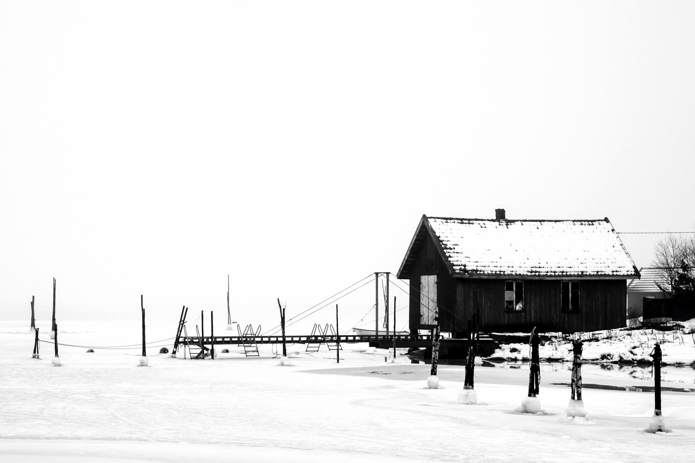 naust sjøbu is isvinter snø kulde